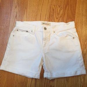 Gap White Shorts Waist Size 26